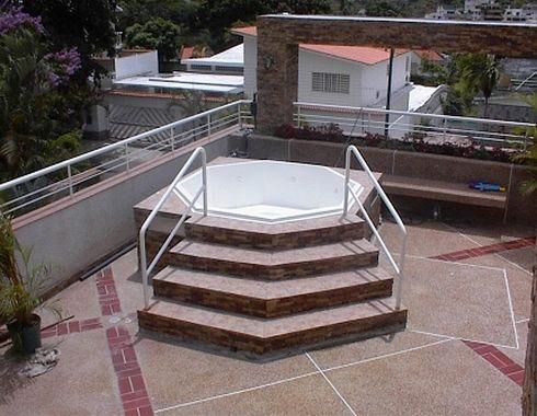 Piscinas total lujo y confort en piscinas jacuzzis - Jacuzzi de terraza ...