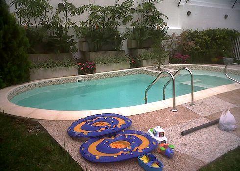 Piscinas constru das en fibra de vidrio for Vaciado de piscina